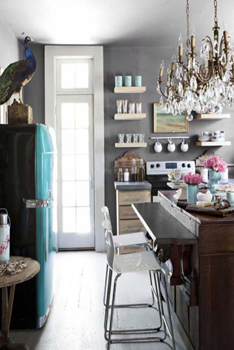 17052011Decorating-for-Small-Spaces-kitchen-1010-de