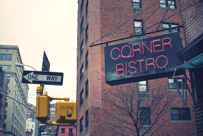 cornerbistroDSC_0110.JPG_effected