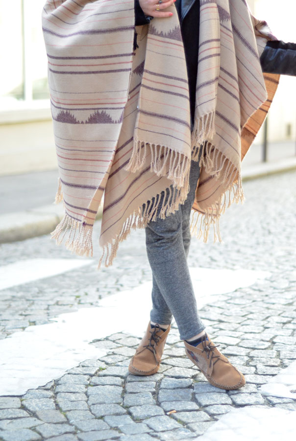 poncho paris look style folk